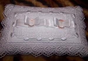 вариант подушки для обручальных колец