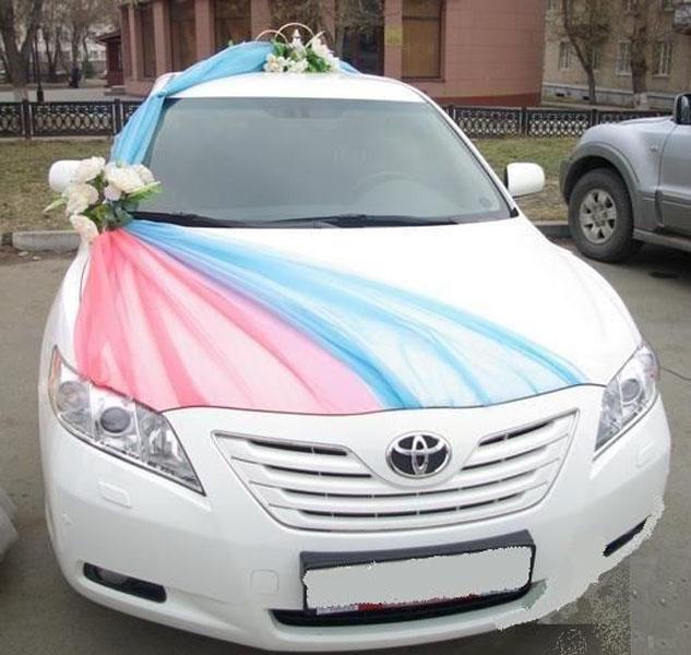Украсить машину на свадьбу тканью 57