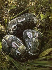 украшение в виде кролика из камня