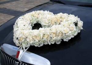 декоративный венок из роз