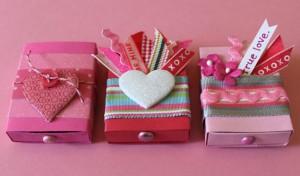 коробочка с сюрпризом на День Святого Валентина