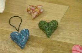 Из чего можно сделать сердечки на день Валентина