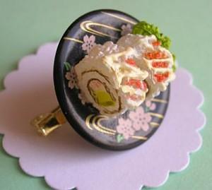 кольцо в виде суши