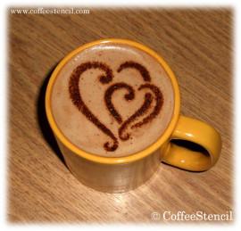 как рисовать на кофе с помощью трафаретов