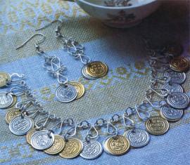 Украшения из монет