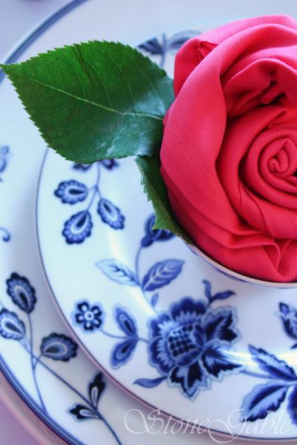 чудо салфетка в виде розы