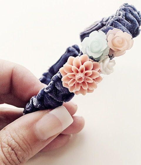 Красивый браслет из материи