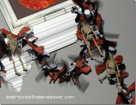 skeleton-Halloween-Garland-12-copy_thumb1