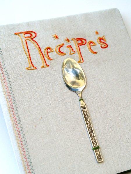 Как украсить кулинарную книгу