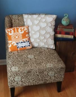 Декоративная диванная подушка