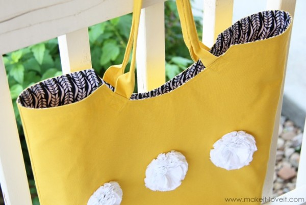 Как украсить летнюю сумку