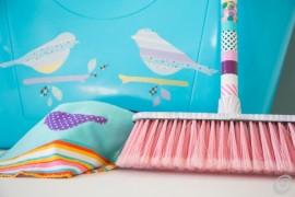 Украшение инвентаря для уборки
