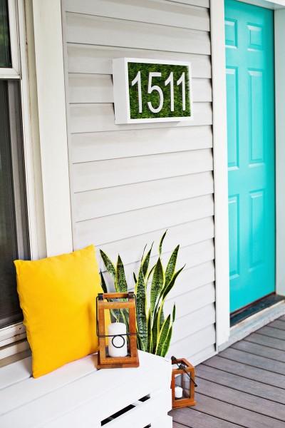 Дизайнерская табличка с номером дома