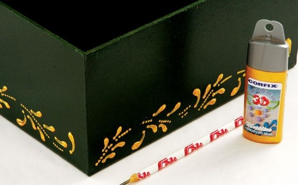 Как декорировать подарочную коробку