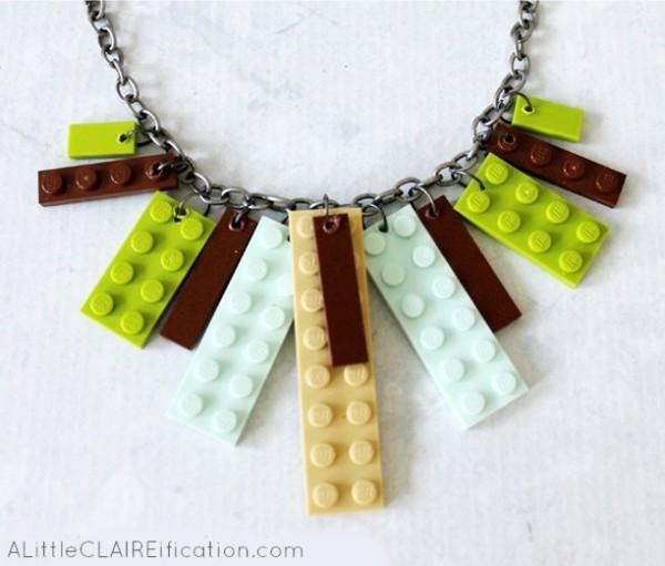"""Колье из конструктора """"Лего"""""""