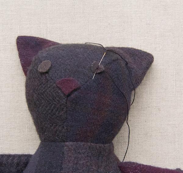 Декоративный кот своими руками
