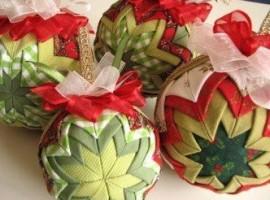 Декор елочных шаров