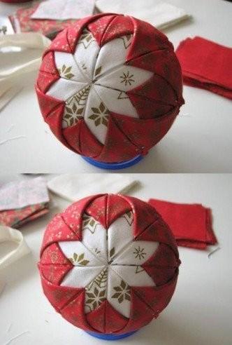Как декорировать игрушки тканью
