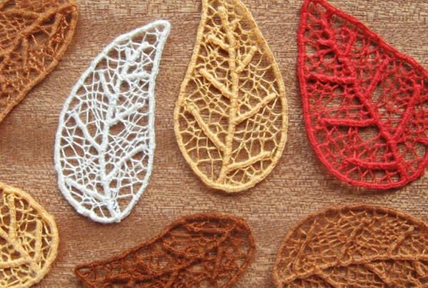 Скелетированные листья из ниток